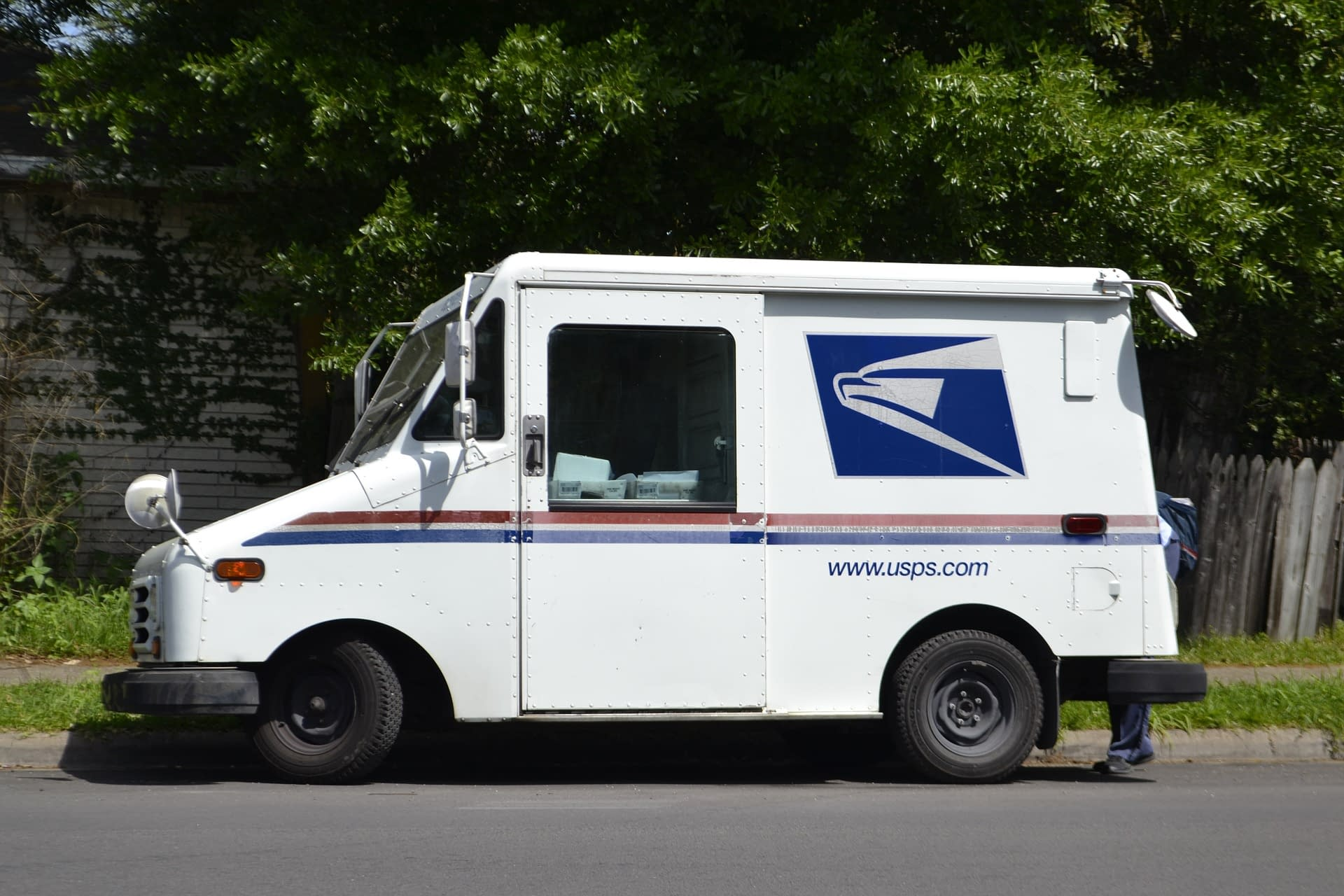 Where to get free USPS boxes, UPS boxes, plain boxes, envelopes, etc.